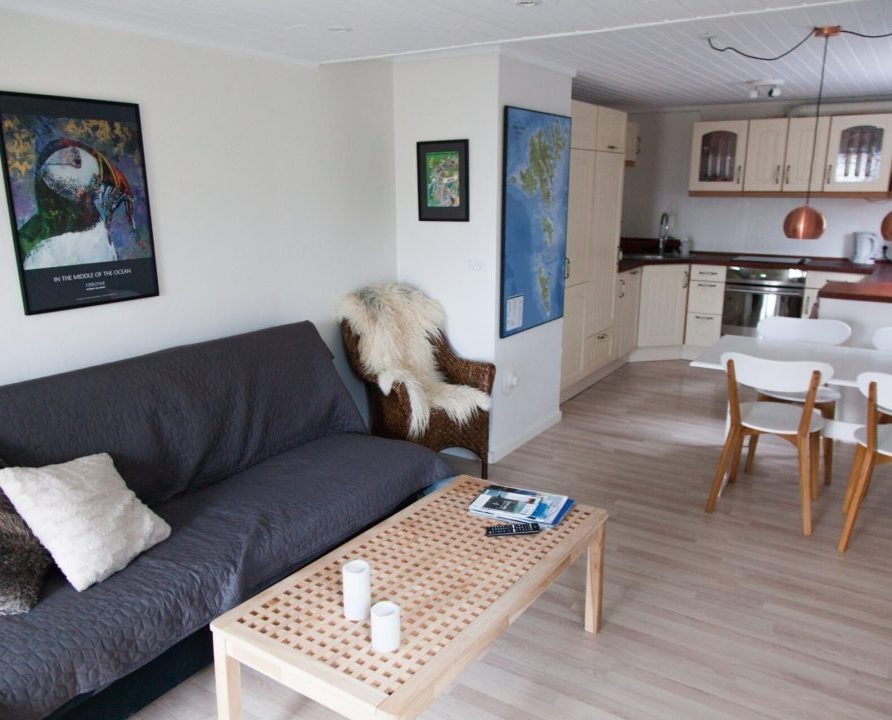 FaroeGuide, Light apartment, living room