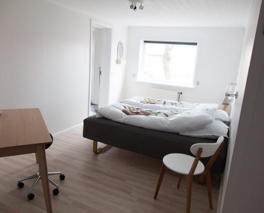 FaroeGuide, Light apartment, bedroom