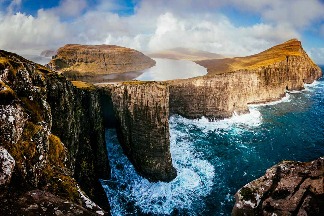 Trælanípan, Cliff, Faroe Islands, FaroeGuide